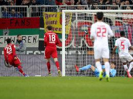 Nach Blitzeigentor: Bayern rückt BVB auf die Pelle