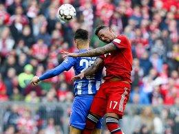 Martinez' Kopfball sorgt für Münchner Arbeitssieg