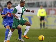 Bochums Imhof gegen Wolfsburgs Kapitän Marcelinho