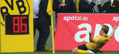 Früher Jubel: Jakub Blaszczykowski erzielte ein herrliches Tor.