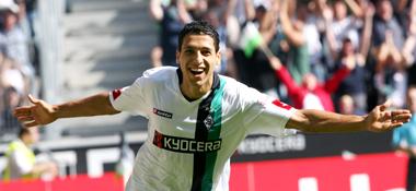 Der erste Streich: Gladbachs Matmour bejubelt das 1:0 gegen Bremen.