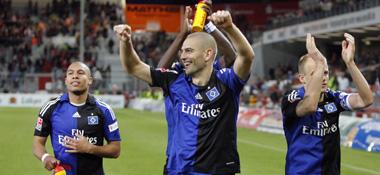Matchwinner Petric jubelt erleichtert nach dem Schlusspfiff.