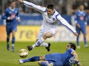 Giovanni Federico (KSC) gegen Daniel Imhof (VfL)