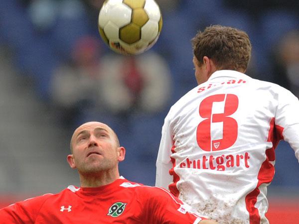 Simak (VfB) überspringt Stajner (96)