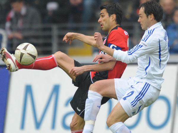 Kapitän Chris (Frankfurt) gegen Westermann (Schalke)