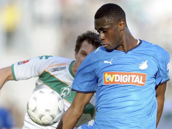 Fußball, Bundesliga: Boubacar Sanogo (Hoffenheim) traf gegen Werder Bremen dreimal den Pfosten