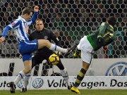 Özil gegen von Bergen und Drobny