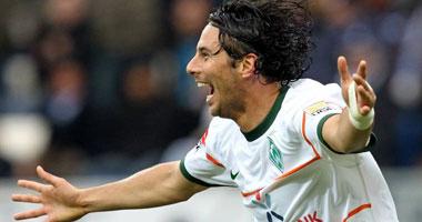 Fußball, Bundesliga: Claudio Pizarro war ins einem 100. Bundesligaspiel für Werder der Matchwinner in Hoffenheim.