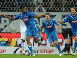 Hoffenheims Vorsah traf auch gegen den FC Schalke - seine Teamkollegen Ibisevic und Simunic sind hocherfreut.