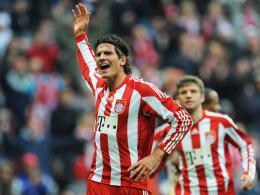 Matchwinner: Mario Gomez brachte den FC Bayern mit einem Flugkopfball in Front und erzielte auch die beiden weiteren Treffer.