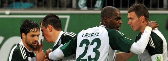 Diego, Schäfer, Grafite und Dzeko (VfL Wolfsburg, von links)