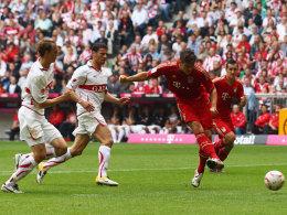 Mario Gomez (FC Bayern München) trifft zum 1:1