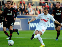 Podolski trifft per Elfmeter zum 2:0