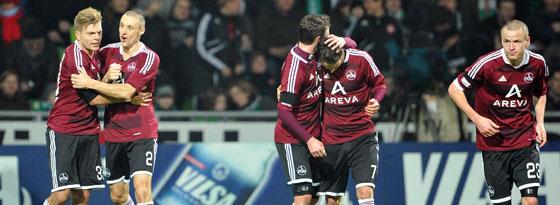 Jubel bei den Nürnbergern nach dem 1:0. Erneut siegten die Franken bei Werder Bremen.
