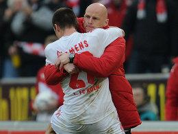 Clemens feiert sein soeben erzieltes 1:0 gemeinsam mit Solbakken (re.)