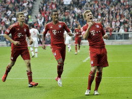Müller, Luiz Gustavo und Kroos (v. li.)