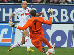 Führungstreffer: Tobias Werner tunnelt SCF-Torwart Oliver Baumann.