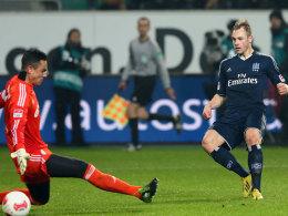 Beister überwindet Benaglio zur HSV-Führung