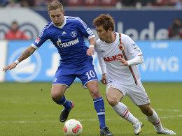Holtby (Schalke) gegen Koo (Augsburg)