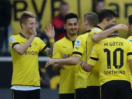 Torschütze Reus und der Rest der Mannschaft freuen sich über die sehr schnelle Führung gegen Mainz.