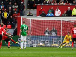 Kießling trifft zum 1:0 für Bayer