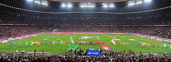 Vor der Partie fand in der Allianz-Arena eine kurze Eröffnungsfeier statt.