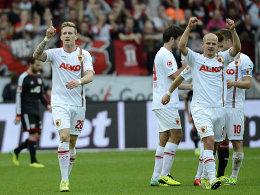 André Hahn (li.) und Tobias Werner feiern das 1:0