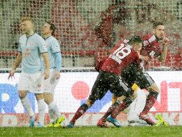 Nilsson besorgte die Führung für den 1. FCN. Die Mainzer sind sichtlich bedient.