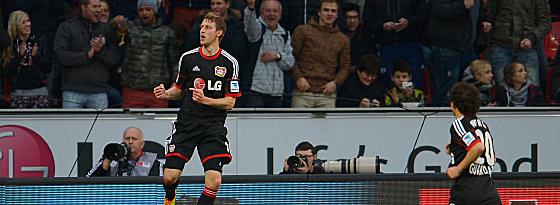 Leverkusens Stefan Kießling (li.)