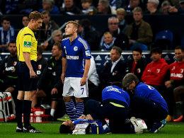 Schalke-Schock: Für Julian Draxler ist die Partie schon nach wenigen Sekunden gelaufen.