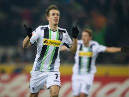 Patrick Herrmann bejubelt sein 1:0 gegen Freiburg