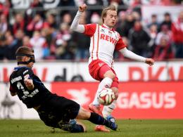 Engagiert, aber glücklos: Kölns Bard Finne (re.) kam gegen Uwe Hünemeier & Co einfach nicht zu Potte.