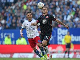 Hatte die beste Chance, scheiterte aber an Jaroslav Drobny: Frankfurts Ballermann Alexander Meier (re., hier gegen Gojko Kacar).