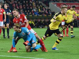 Marco Reus bejubelt seinen Treffer zur Dortmunder Führung.