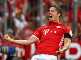 Bayern f�hrt Werder zum Auftakt vor