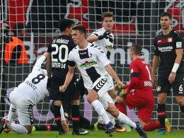 Schwolow rettet Freiburg einen Punkt