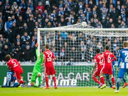 Lewandowski kontert Ibisevic in letzter Sekunde