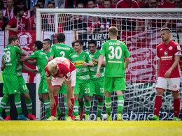 Stindl und Schulz sorgen für VfL-Sieg
