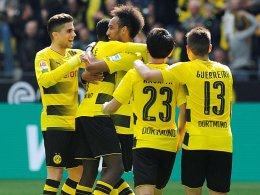 Reus und Aubameyang schießen BVB auf Platz drei