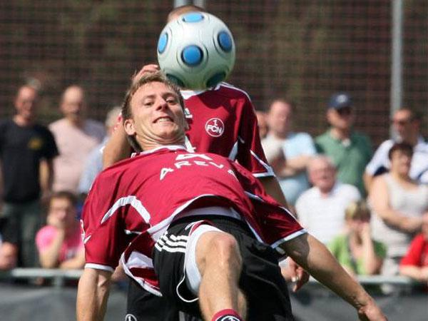 Fußball, 2. Bundesliga: Dominik Reinhardt wechselt vom 1. FC Nürnberg zum FC Augsburg.