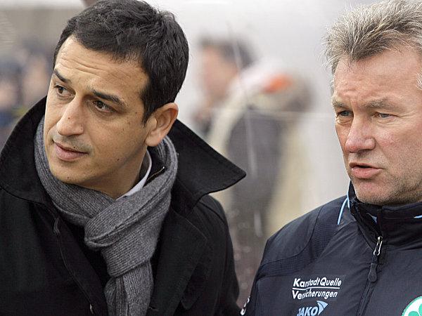Rachid Azzouzi (li.) und Benno Möhlmann