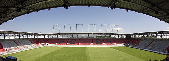 Der nagelneue Audi Sportpark in Ingolstadt.