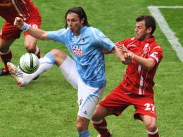 Weg und wieder da: Djordje Rakic (li. neben Burca, Cottbus) kehrt zum TSV 1860 München zurück.
