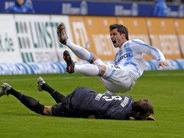 Ludwig (ob.) gegen Bochums Dabrowski
