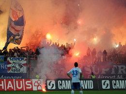 Einige Anhänger von Hansa Rostock schlugen in Frankfurt weit über die Stränge.