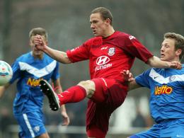 Heiß aufs Derby: FSV Frankfurts Flügelspieler Marcel Gaus hat gegen die Eintracht was gutzumachen. Rechts Bochums Eyjolfsson.