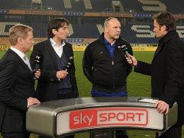 Bochums Verantwortliche im Sky-Interview: Geschäftsführer Roland Kentsch, Manager Ivica Grlic und Trainer Oliver Reck (v.li.n.r.).