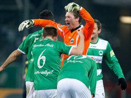 Greuther F�rth durfte in den letzten f�nf Heimspielen 23-mal jubeln und hat nun Aachen vor der Brust.