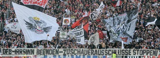 Eintracht-Frankfurt-Fans beim Heimspiel gegen Dynamo Dresden (3:0)
