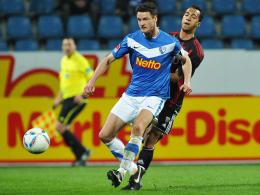Selbstkritisch: Bochums Marcel Maltritz, hier im Vordergrund gegen Ingolstadts Bambara.
